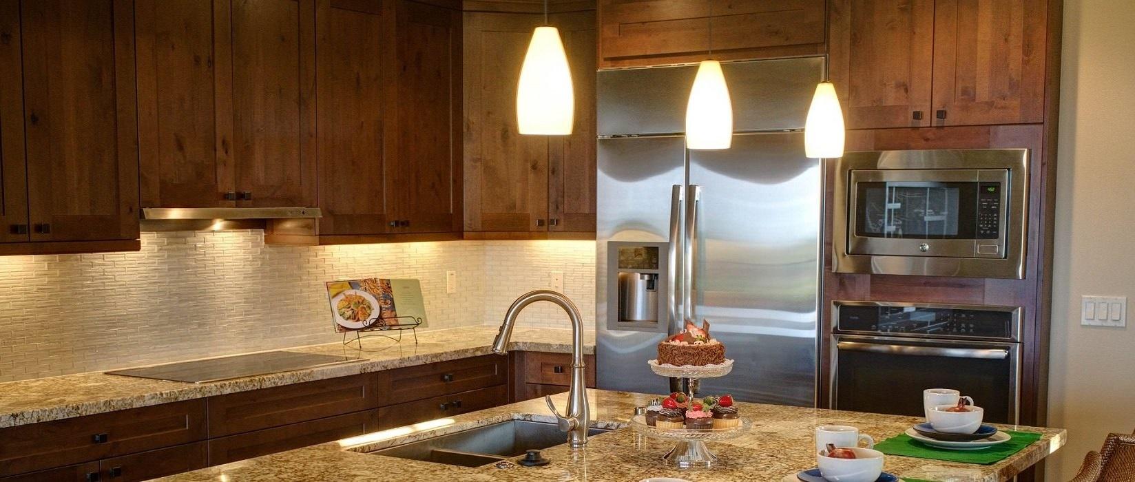 Beautiful Kitchen Cabinets & Renovations ...